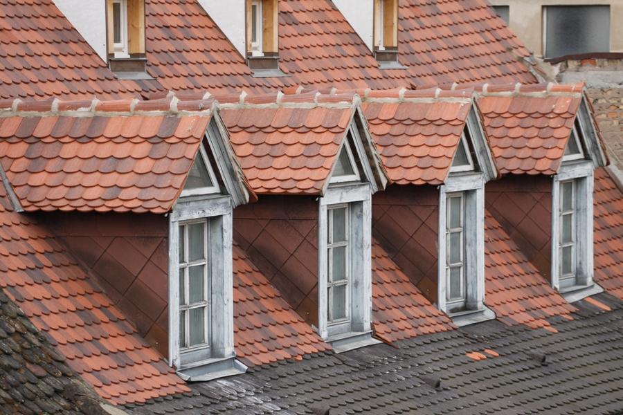Finestre delle mansarde - Finestre sui tetti ...