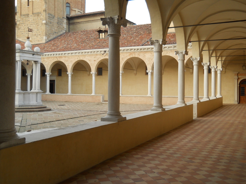 Chiostro Pensile - Vaulted Cloister